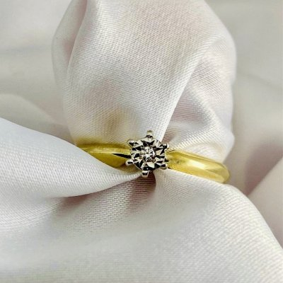 Briliantový prsteň